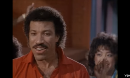Lionel Richie – All Night Long (All Night)